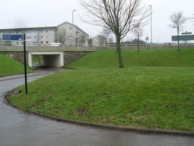 Inside the Righead Roundabout