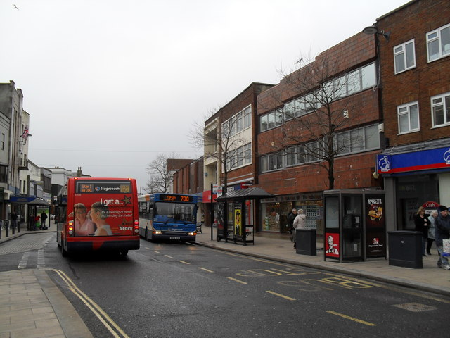 Buses in the High Street