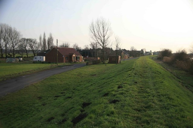 Susworth village approach
