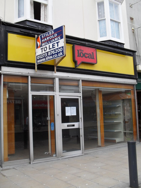 Shop to let in the High Street