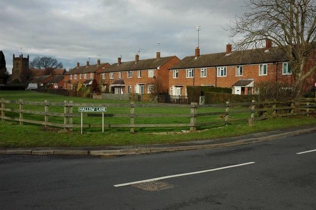 Houses in Broadheath