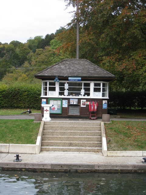 Lock keeper's hut - Cookham Lock