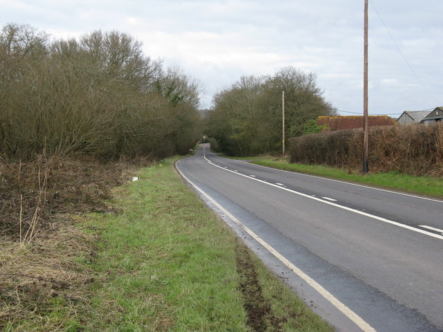 A 283 north to Northchapel