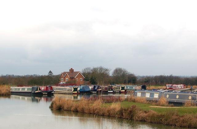 Boats in the new Ventnor Farm Marina, Grand Union Canal (3)