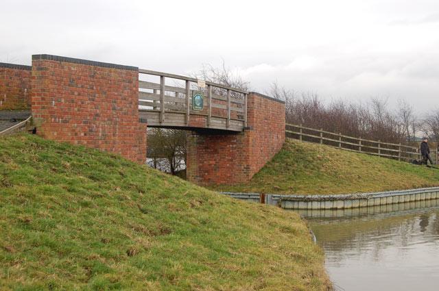 Bridge over west entrance to Ventnor Farm Marina