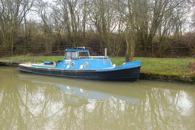 Canal tug moored at Tomlow