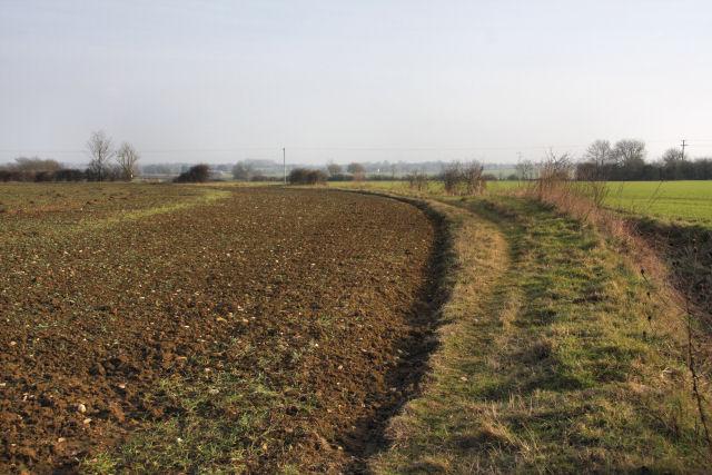 Footpath to Brettenham Road