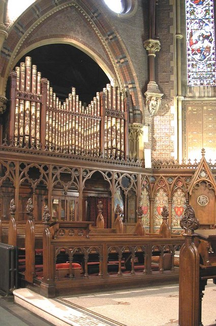 St Mark, Dalston, London E8 - Organ
