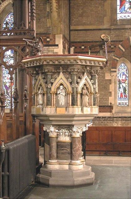 St Mark, Dalston, London E8 - Pulpit