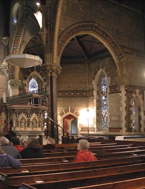 St Mark, Dalston, London E8 - Interior