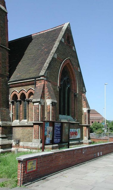 St Andrew, Hillingdon Road, Uxbridge - Porch