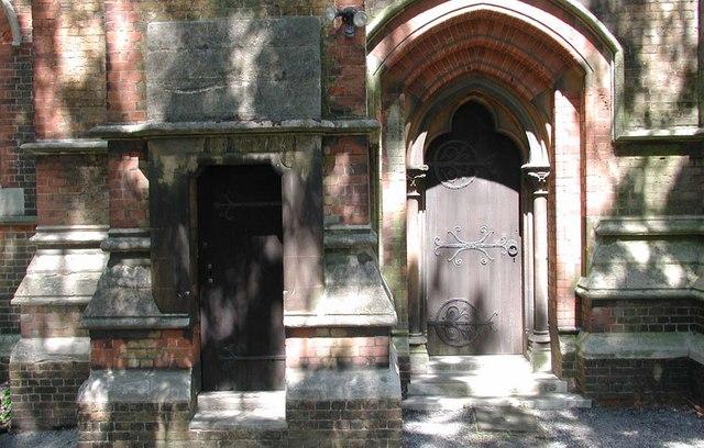 St Andrew, Hillingdon Road, Uxbridge - Doorway