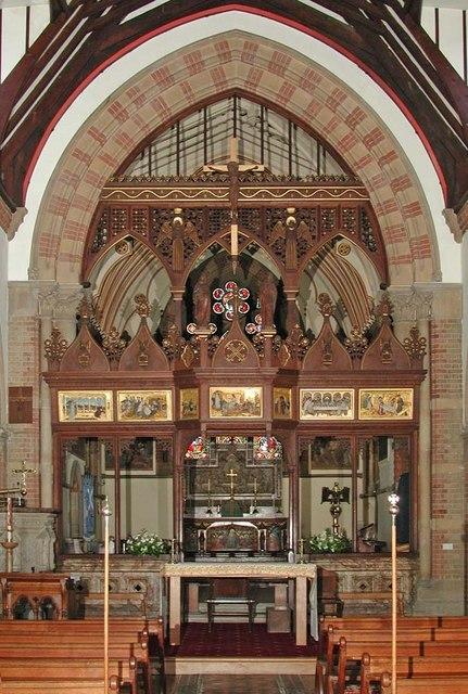 St Andrew, Hillingdon Road, Uxbridge - Chancel