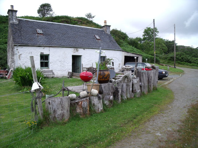 Cottage near Caisteal Camus, Isle of Skye