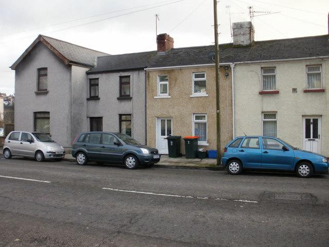 Bolts Row, Newport