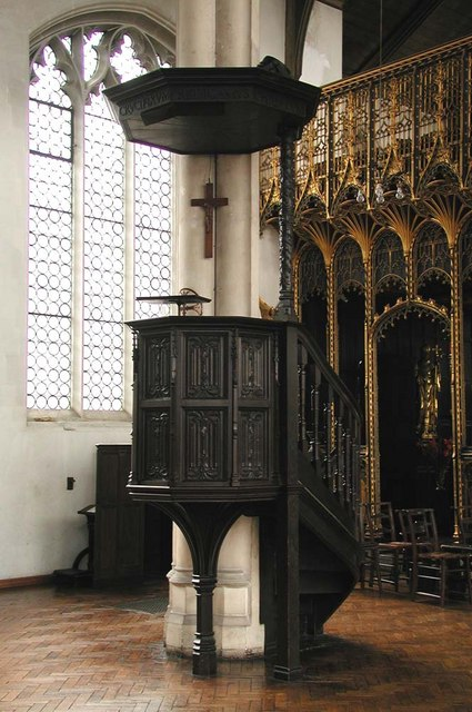 St Cyprian, Glentworth Street, London NW1 - Pulpit