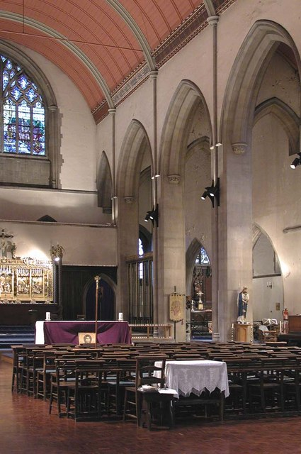 St Mary of Eton, Eastway, Hackney Wick, London E9 - Interior