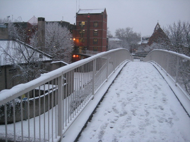 Snow covered footbridge, Worcester