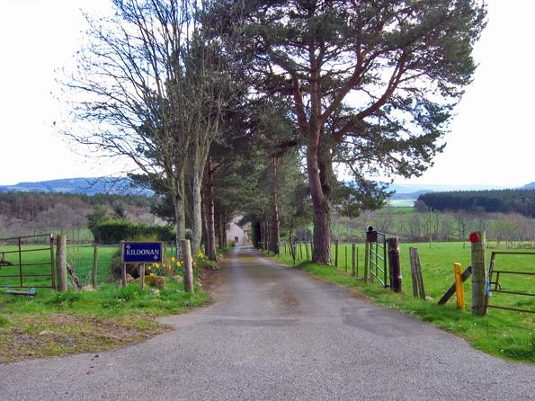 Access road to Kildonan