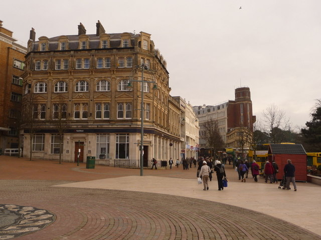 Bournemouth: Old Christchurch Road meets The Square