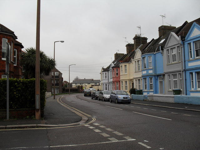 Looking from Cavendish Road towards Argyle Road