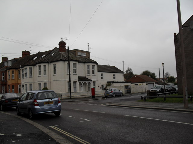 Looking from Argyle Road towards Sutherland Close