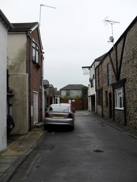 Approaching The Old Bakery  in Scott Street
