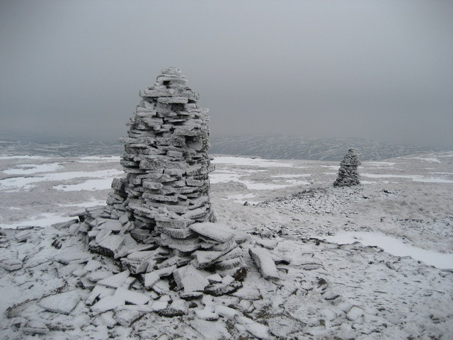 The Two Stone Men of Fountains Fell