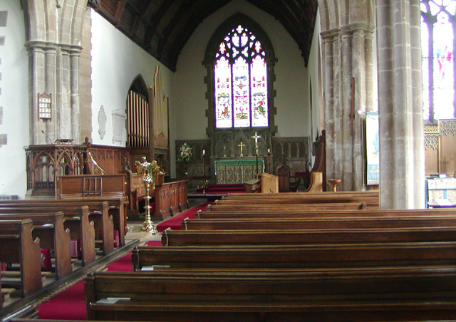 Chancel and altar, St. Andrew's Church