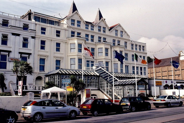 Douglas - Central Promenade - The Empress Hotel