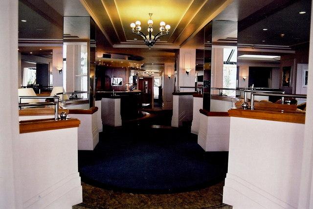 Douglas - Central Promenade - Empress Hotel lobby