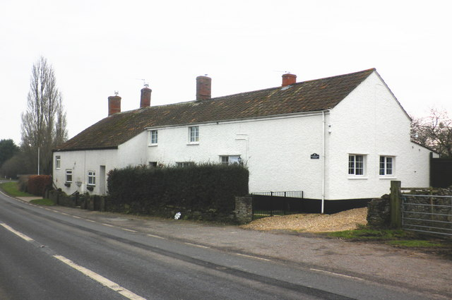 Moonrakers Cottage, West Lyng