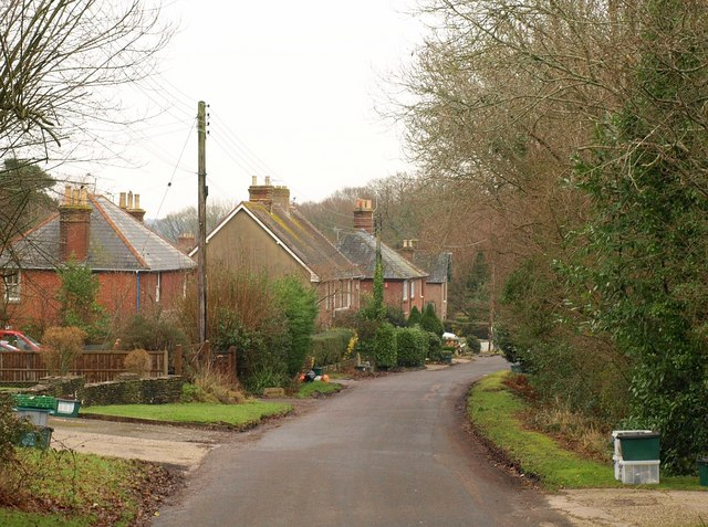 Barnhill Road, Ridge