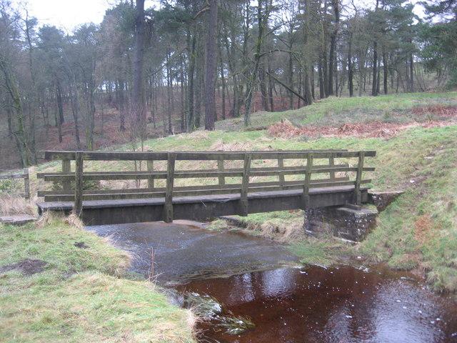 Footbridge beside Lightwood Reservoirs