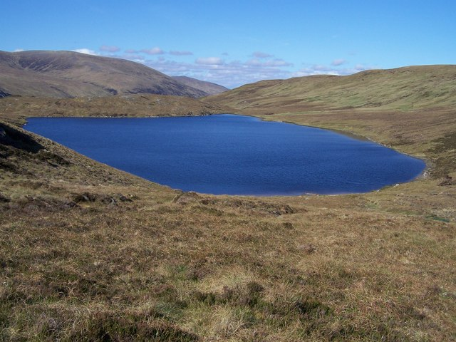 Loch Gaineamhach from the SE slope of Creag Sgoilteach.