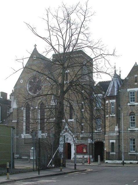 Sacred Heart of Jesus, Eden Grove, London N7