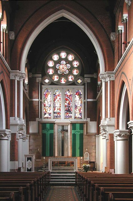 Sacred Heart of Jesus, Eden Grove, London N7 - East end