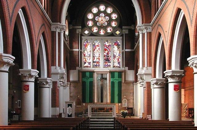 Sacred Heart of Jesus, Eden Grove, London N7 - East end