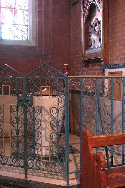 Sacred Heart of Jesus, Eden Grove, London N7 - Font
