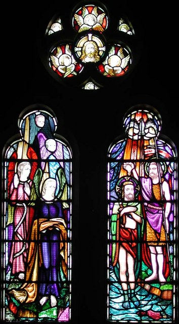 Sacred Heart of Jesus, Eden Grove, London N7 - Window
