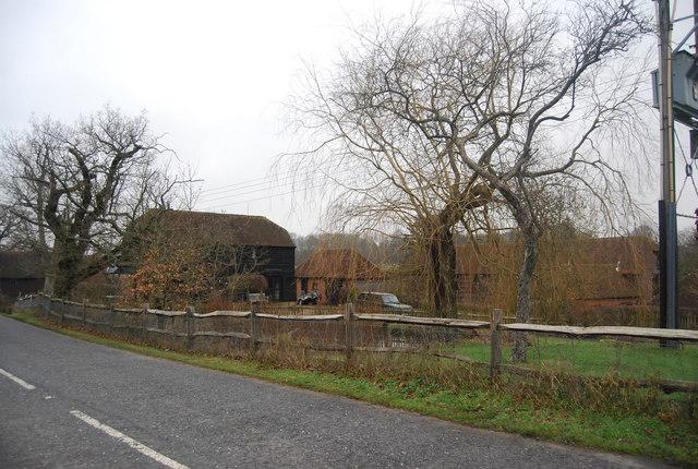 Moorden Farm, Station Hill