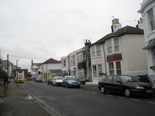A dull January morning in Glamis Road