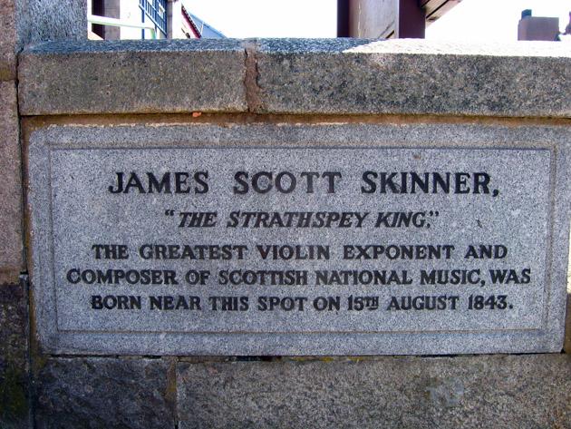 Plaque commemorating James Scott Skinner