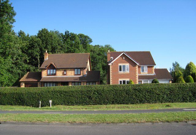 Houses in Glade Close