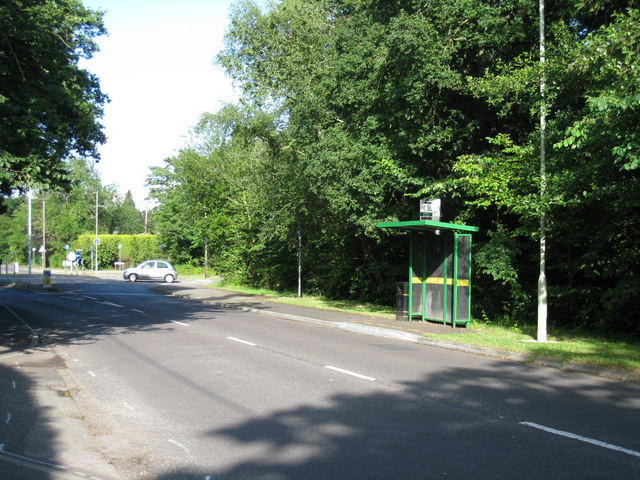 Bus shelter - Reading Road