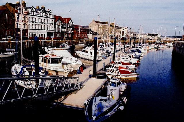 Douglas - Boats east of  The Tongue, North Quay
