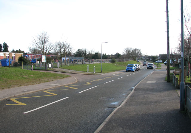 Lords Lane past Highfield First School, Bradwell