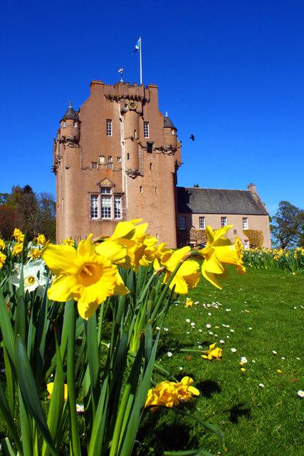 Crathes Castle, spring