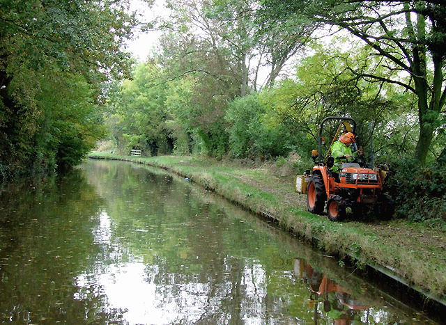 Towpath Maintenance at Rugeley, Staffordshire