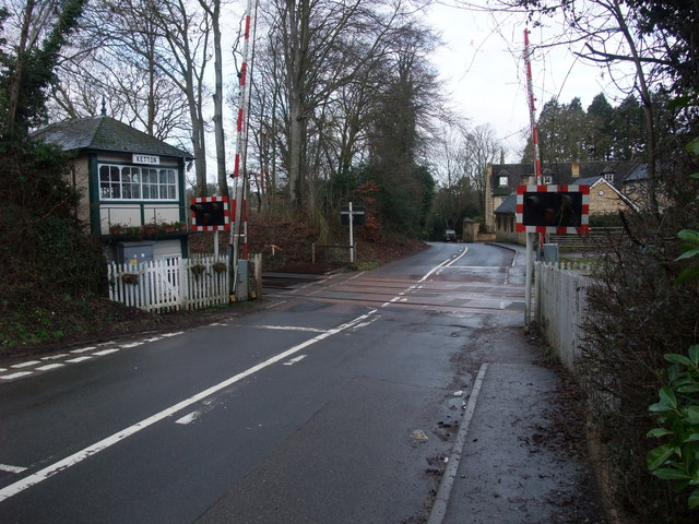 Level crossing at Geeston